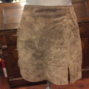 Blank nyc brown bear color mini suede skirt
